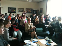 Crowded room for Swansea ScienceGrrl launch meeting
